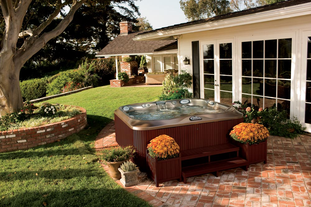 How To Choose the Best Hot Tub for You (And Your Home)