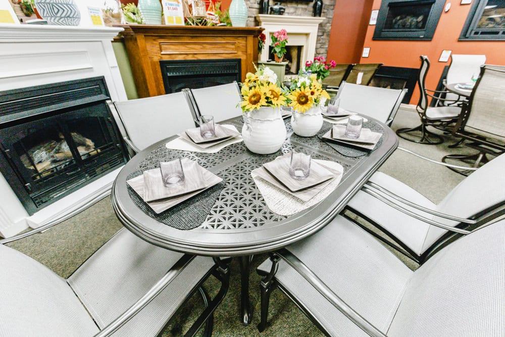 woodard-wiltshire-dining-group-1